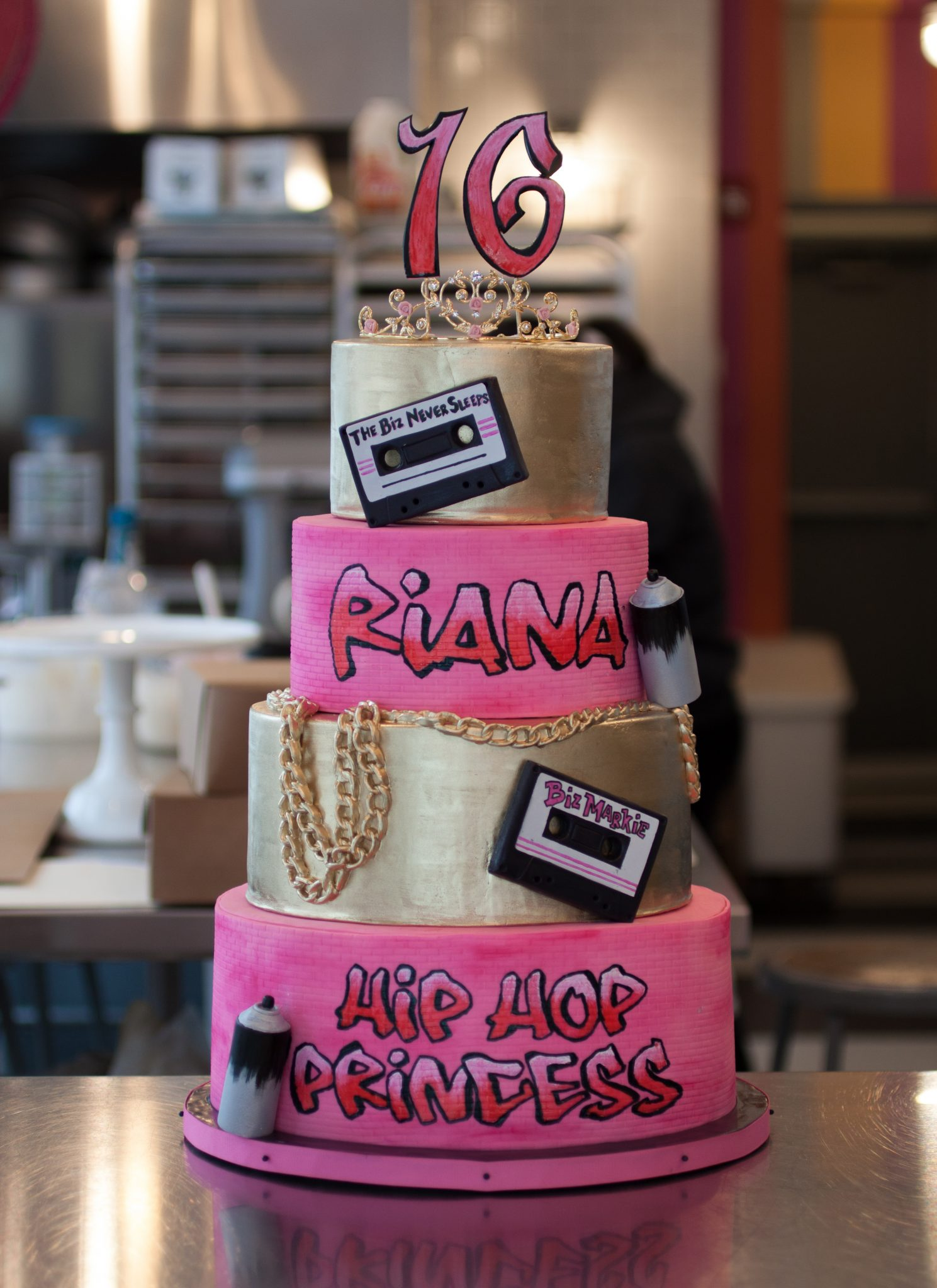 hiphop-sweet16-cake-whipped-bakeshop