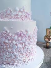 Crushed meringue cake at the party