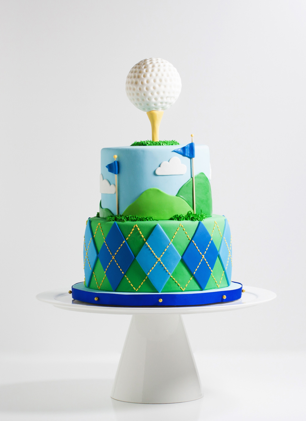 tiered-golf-ball-cake-1-whipped-bakeshop_0
